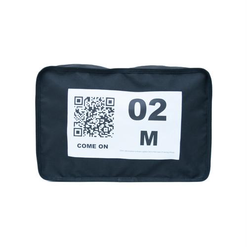 No.2 Travel Pouch (QR) Black 1 LO-STN-PC02