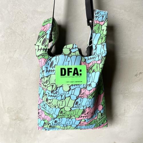 DFA: DEMONSTRATING FOR ART/EXTRAORDINARY SERIES ショルダーバッグ 大
