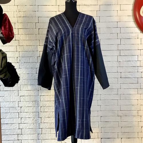 ボーイッシュな一作 袖にアクセントを 絹100%紬 長袖ワンピース 21OP015