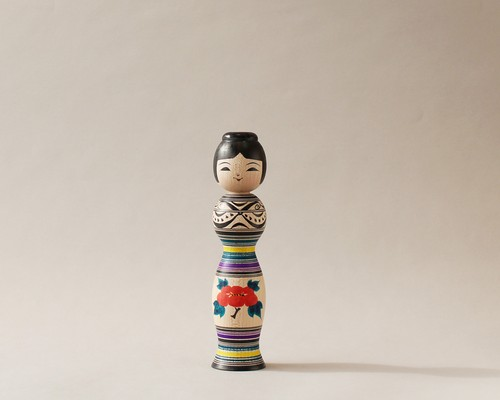 津軽系伝統こけし本人型 -4 | 阿保こけしや 阿保正文工人  / Tsugaru kokeshi- 4, purple, traditional style wooden kokeshi -black, made by Masafumi Abo, Japanese kokeshi doll