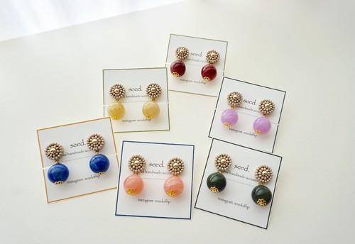 再販6 ビーズ刺繍のピアス・イヤリング 〜small beige〜