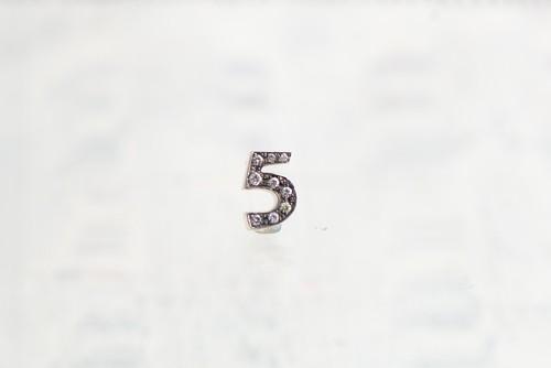 SV925 / Numéro diamant / 5