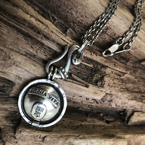【Original Blend Oil:Aroma Ball30個&スポイト付き(¥1.512)プレゼント&コットンポーチ付き:送料無料】AROMA PENDANT:Silver chain with BIGBLACKMARIA
