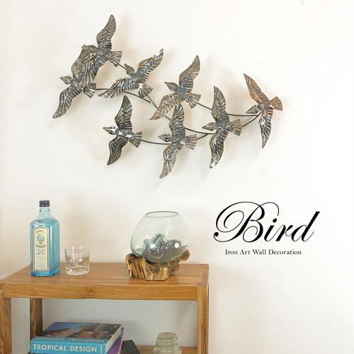 お部屋に空を感じる 羽ばたく鳥のウォールデコレーション アイアンオブジェ インテリアアクセサリー