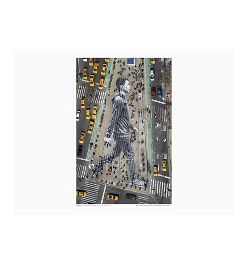 JR - Migrants, walking New York city