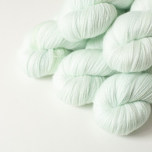 浮遊 (merino silk lace)