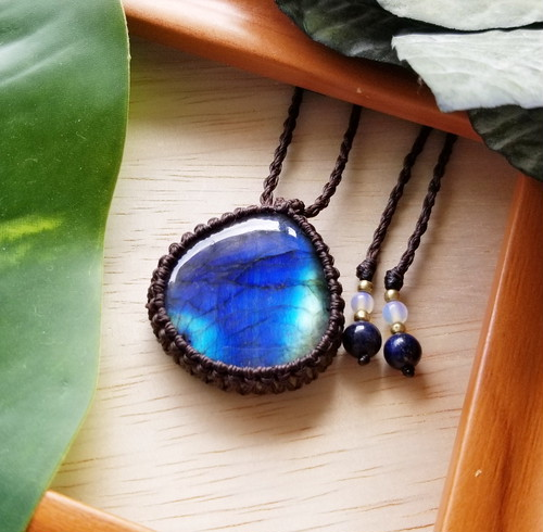*Deep Blue* Labradorite Macrame Necklace