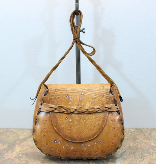 RETRO PATTERNED EMBOSSED LEATHER SHOULDER BAG/レトロ柄型押しレザーショルダーバッグ