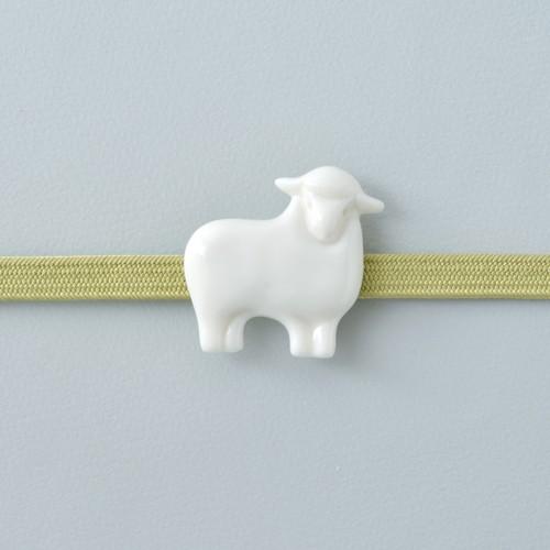 白磁の帯留 羊