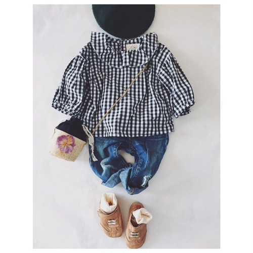 Gingham check clown collar blouse