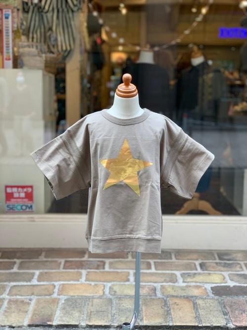 KIDS:6°vocaLe【セスタヴォカーレ】ルースポーラーTシャツ(カーキ/90〜120cm)