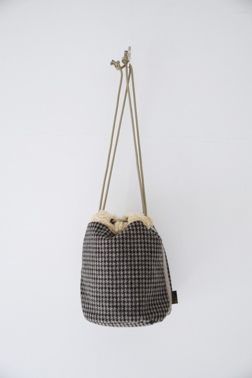 【SUBLIME】WOOL BOA POUCH