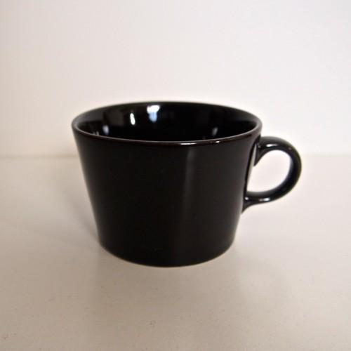 ARABIA KILTA マグカップ 黒①
