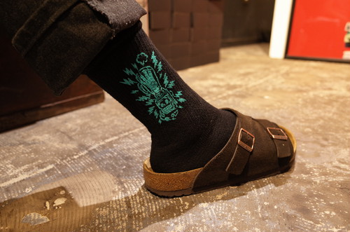 """AND THROUGH DESIGN×THE SESSIONS """"JUMBLE TOGETHER"""" SOCKS"""