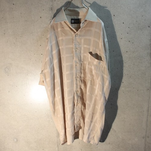 Short sleeve poly design shirt