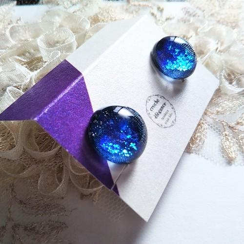 【藍染め布×ガラス】ブルーラメのシンプルイヤリング