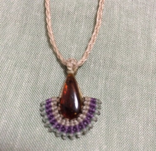 violet : mexican  amber