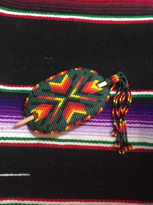 ラコタ族ビーズバレッタ