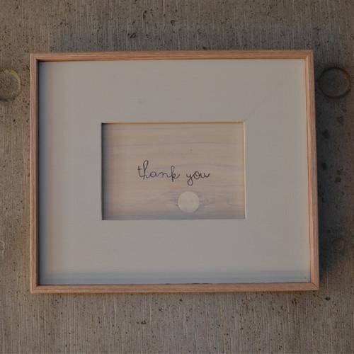 """GIFT          メッセージ付フォトフレーム """"thank you"""" / Right Gray  素材を活かしたシンプルなデザイン"""