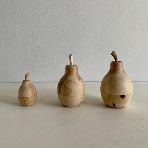 トゥイヤで作った木の洋梨の小物入れ M