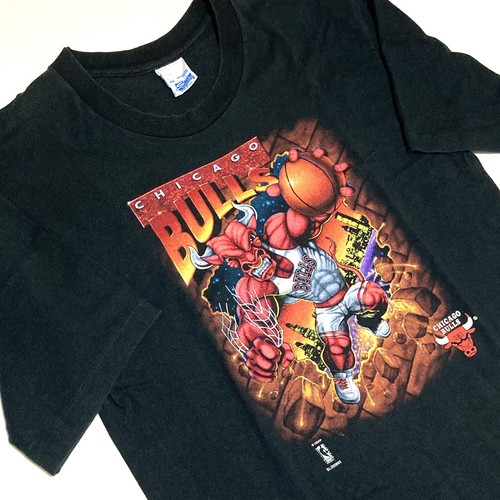 SALEM : 「CHICAGO BULLS」 print Tee (used)