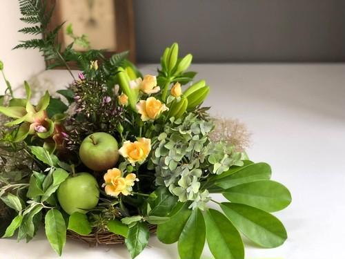 【生花】 フルーツ入りアレンジメント