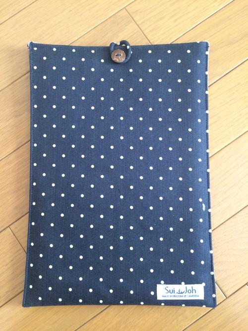 MacBook11 case《ブラック×ホワイトドット》