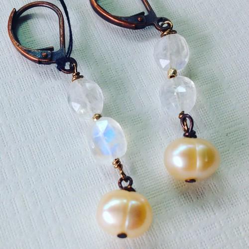 MoonStone&Pearl *earings