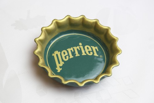 Cendrier perrier ペリエ 陶器 灰皿