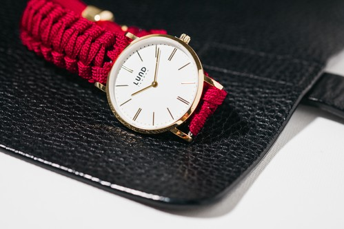 LUND WATCHES ( Burgundy / Gold 39mm )