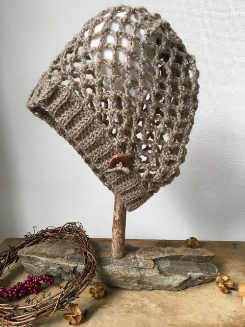 【大人用】ピュアNZメリノウール&モヘアの毛糸にハンドメイドマヌカの木ボタンニット帽