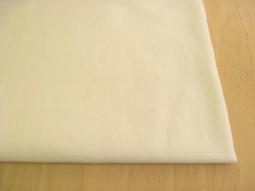 J&B定番 綿30スパンフライス無地 バニラ(綿かすはありませんが、生成りりに近い色です) NTM-2584