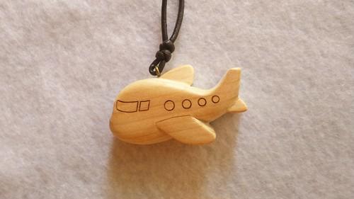 青森ひばの木製ストラップ 飛行機