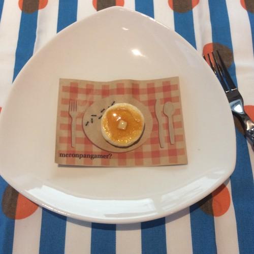 【meronpangamer?】パンケーキ ブローチ