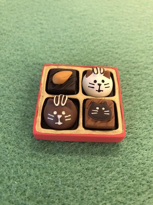 concombre 猫ショコラBОX