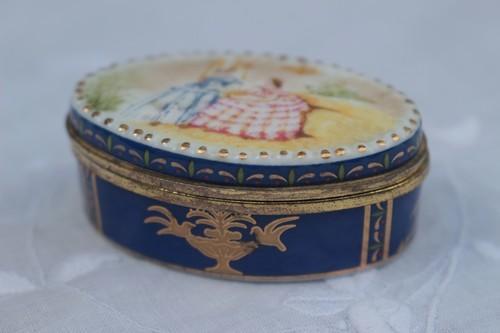 イギリス ピルケール 陶器製 陶器 小物入れ
