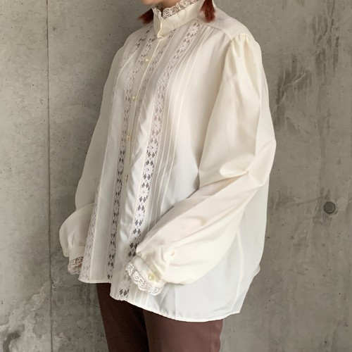 (LOOK) stand collar puff sleeve blouse