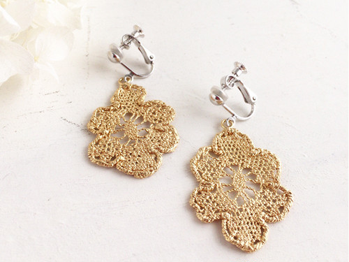 Antique lace earring