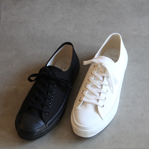 STILL BY HAND【mens】sneakers by moonstar