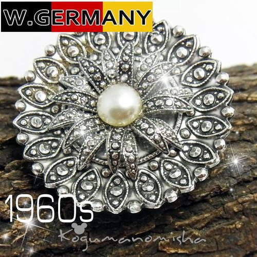 西ドイツ ヴィンテージ ★フェイク パール &マルカジット プレスメタル フラワー スカーフ クリップ1950s 軽量 マーカサイト