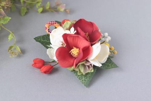 紅白の椿の和風ヘアクリップ  七五三 卒業袴 成人式 浴衣 髪飾り