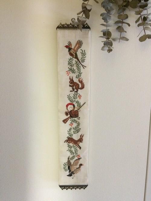 北欧 スウェーデン 刺繍タペストリー ヴィンテージ アンティーク