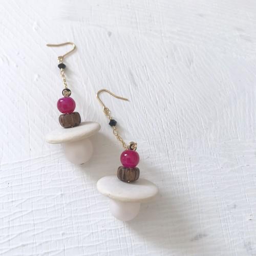 pierce or earring / ビーズミックスピアス