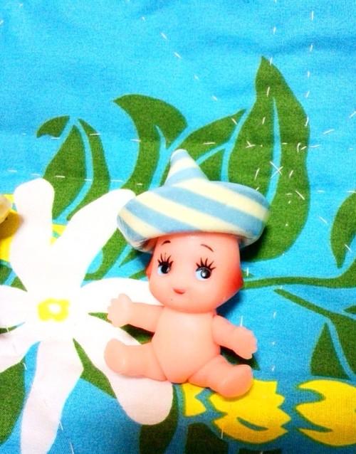 【人形】おすわりキューピーちゃん