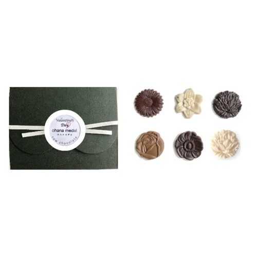 【2019バレンタイン 】Valentine's box ohana medal 6 /vegan white raw chocolate & raw chocolate