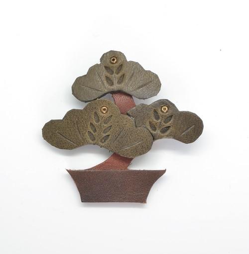 盆栽 ブローチ
