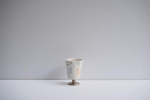 矢田久美子 上絵草花づくしゴブレット型茶杯 ⑤