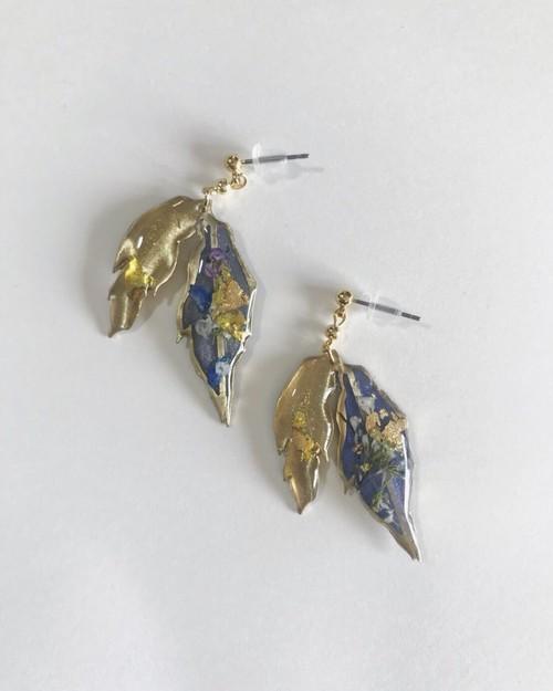 leaf pierced earring