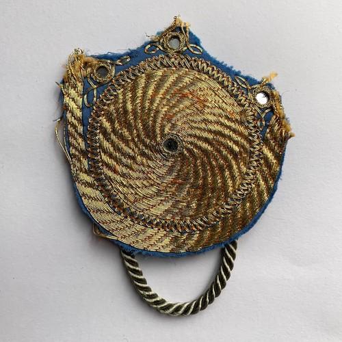 [Trophy] Hand Needle Brooch _04(ヴィンテージ ハンドメイド 刺繍ブローチ)