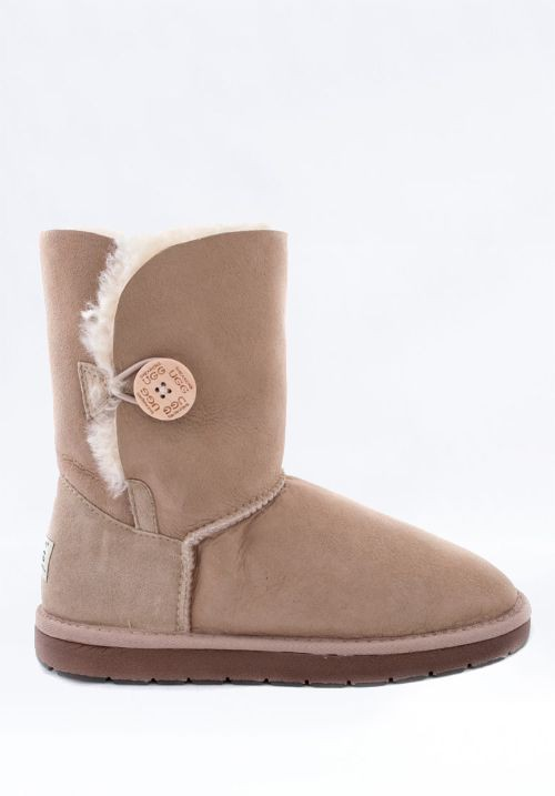 UGG Short Single Button Sand 送料込み